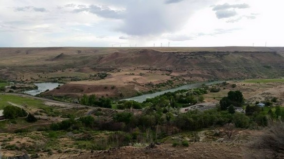 An excellent view of the Snake River near Bliss, Idaho.